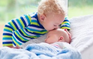 7 Tips If Sibling Hates The New Baby – Can I Make Them Bond?
