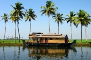 Kerala Vacation With 1 Year Old – Backwaters, Beaches and More