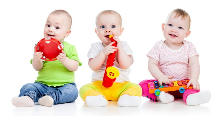 Read more about the article Baby Music Classes – Great Activity  For Development & Fun!
