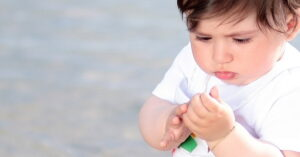 signs of autism in babies and toddlers