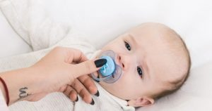 How To Make Your Baby Take The Pacifier (6 Tips To Try)