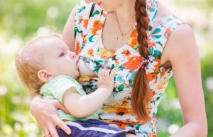 Poll For Curious Moms: Would You Breastfeed in Public? (~1000 Moms Have Answered)