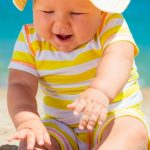 How to have a great (sunny) vacation with your baby away from home!