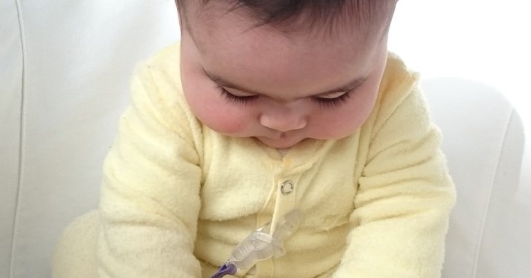 Read more about the article Tips for Weaning Baby to Formula when Refusing the Bottle!